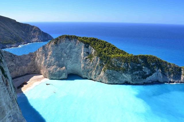 Почивка на остров Закинтос