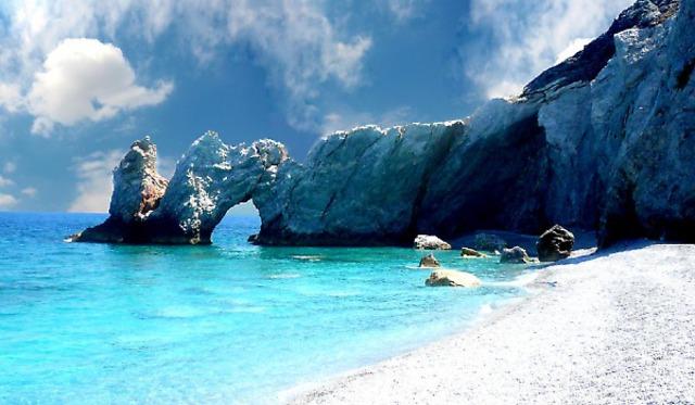 Почивка на остров Скиатос