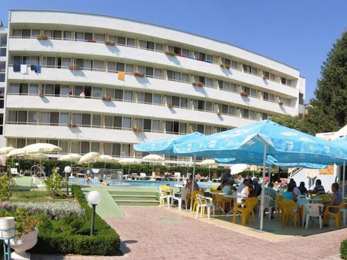 Почивка в Албена, България - хотел Оазис 2•