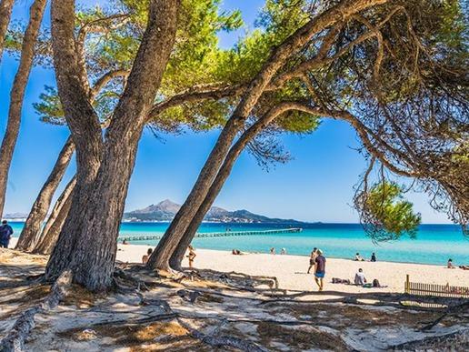 Където и да ви отведе личното ви пътешествие, няма как да избягате от обаянието на острова.